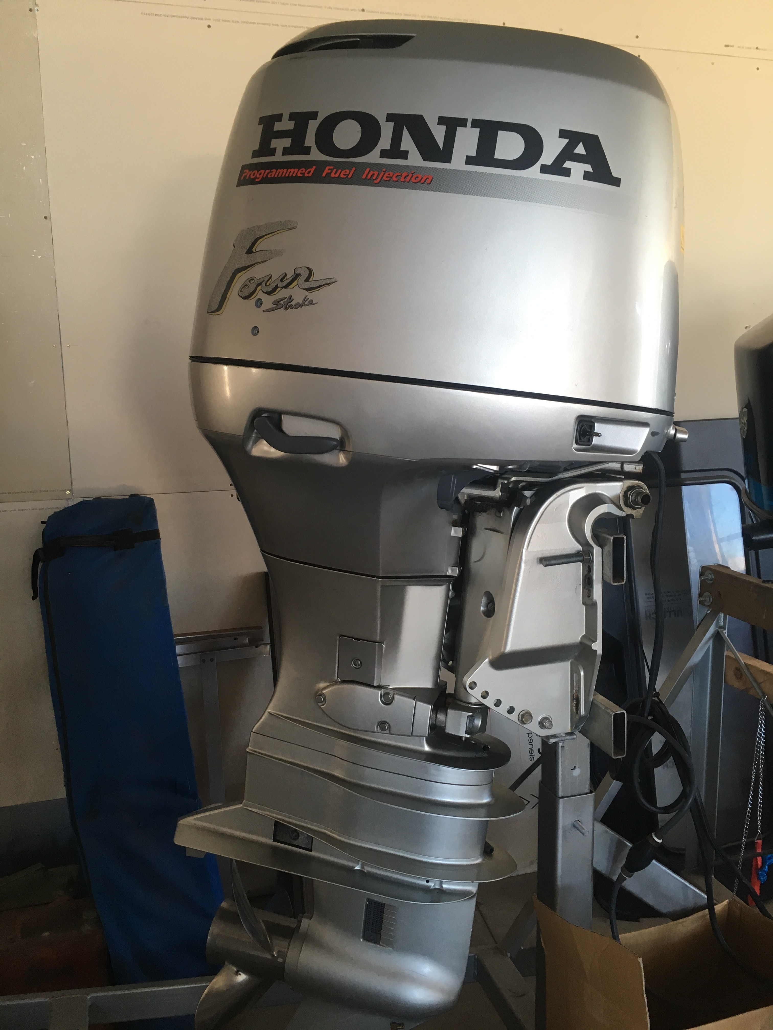 outboard right blog main product africa centre page outboards raptor powered honda by marine category console news twin south